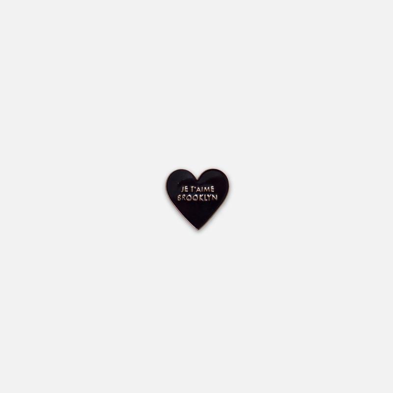 amika: lapel pin - heart ..